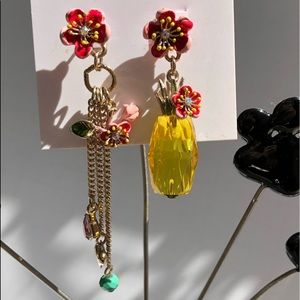 Betsey Johnson Mismatch Pineapple & 🌺 Earrings